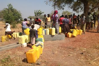 Now the inhabitants of the camp can enjoy the most basic right: to drink clean water, without fear of sickness.