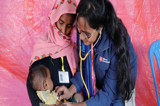 Improving healthcare in refugee camps