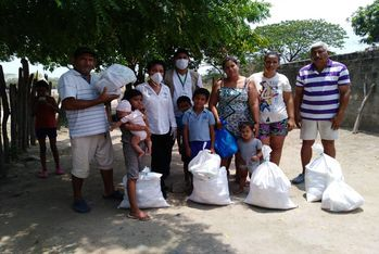 Distribution de nourriture en Colombie
