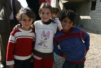 The smile of refugee children often hides traumas.